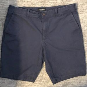 Navy blue flat front classic shorts. Size 36.